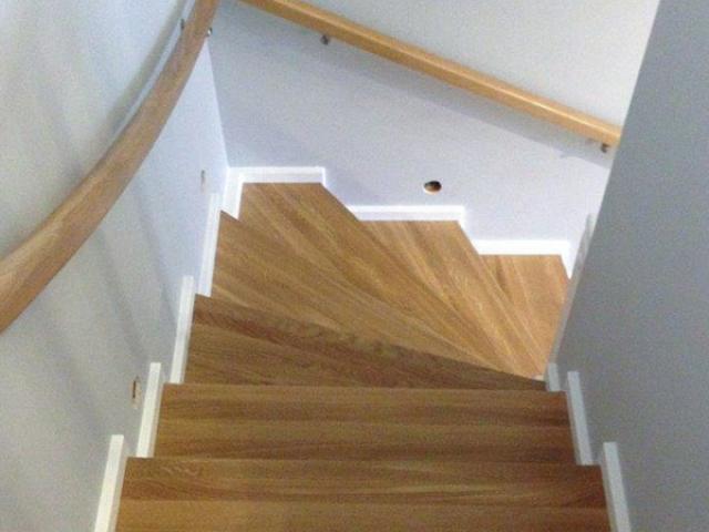 Lakierowanie frontów meblowych, schody